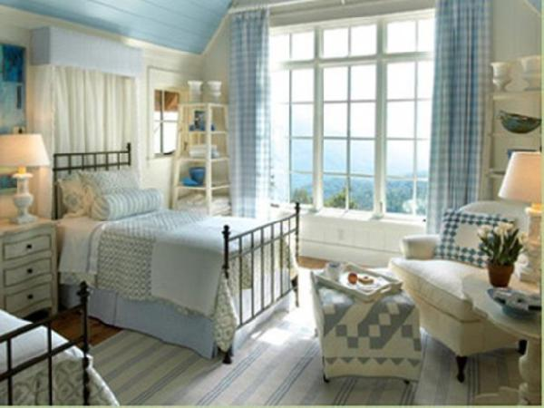 Cottage bedrooms from linda woodrum designers 39 portfolio for Country cottage bedroom
