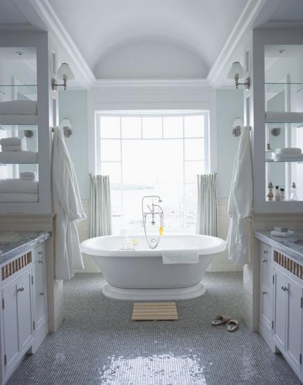 Glass front bathroom cabinets design ideas for Bathroom design 7x12