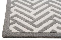 Great Portland Handtufted Wool Rug In White And Grey In Various Sizes