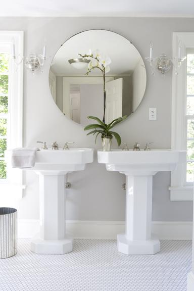 2 Pedestal Sinks Bathroom : master bathroom design with his and her pedestal sinks, round bathroom ...