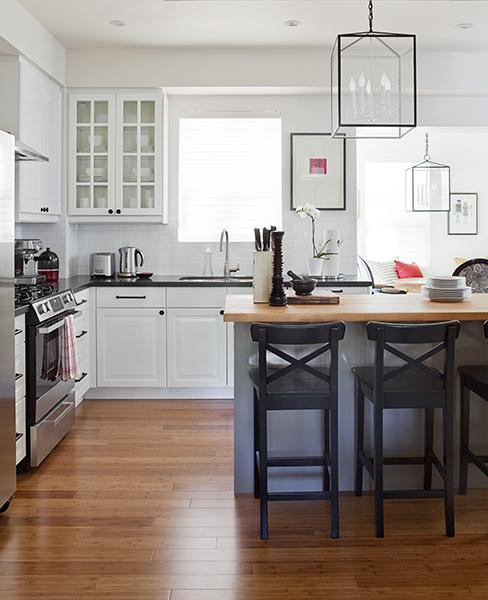 Kitchens With White Cabinets And Black Granite: Potteryt Barn Barstools