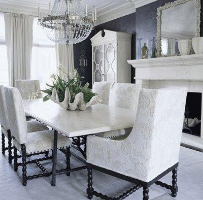 Oversized Clamshell Traditional Dining Room
