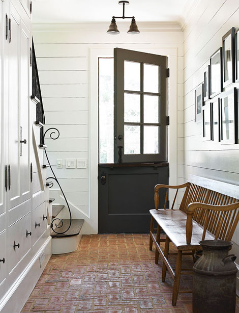 Brick floor cottage entrance foyer benjamin moore Mudroom floor