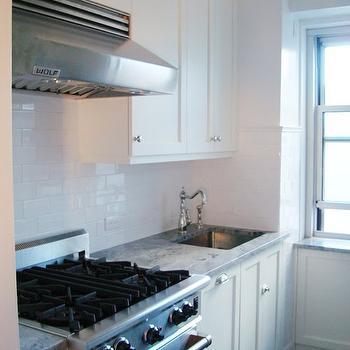 Moon Night Granite, Traditional, kitchen, Benjamin Moore Decorator's White