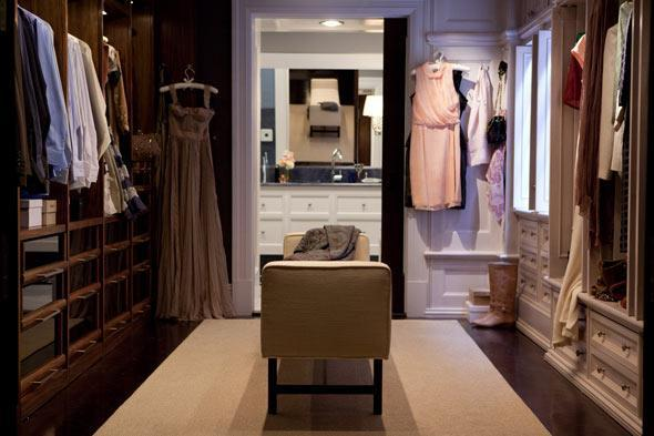Walk in closet from sex and the city