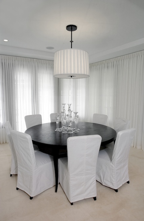 Round Dining Room Table - Contemporary - dining room