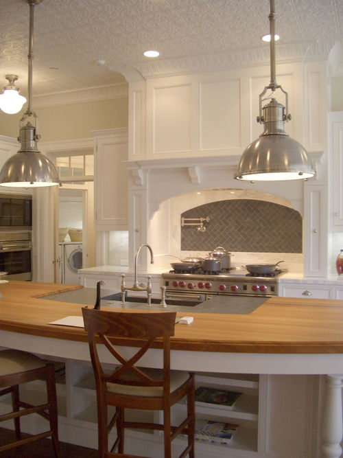 Curved Kitchen Island Transitional Kitchen Giannetti