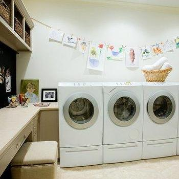 Country laundry room design country laundry room hgtv for Laundry room office