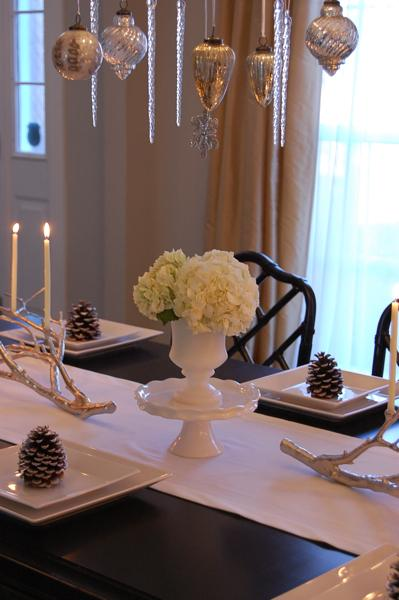 Holiday Tablescape - Asian - dining room