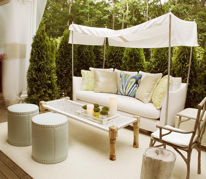 Sofa canopy contemporary deck patio elsa soyars for Sofas para patios
