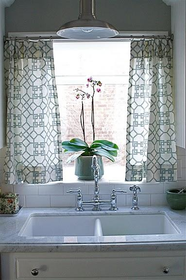 Cafe Curtains Above Kitchen Sink