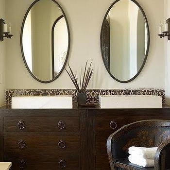 Oval Bathroom Mirror Design Ideas