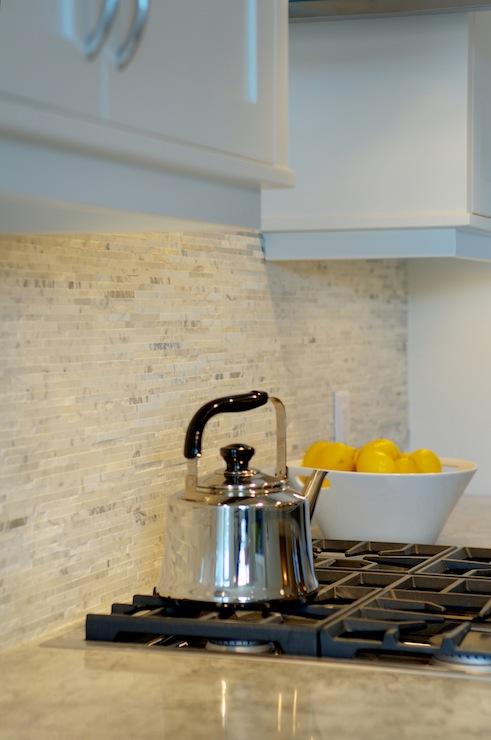 Split Face Marble Backsplash Contemporary Kitchen