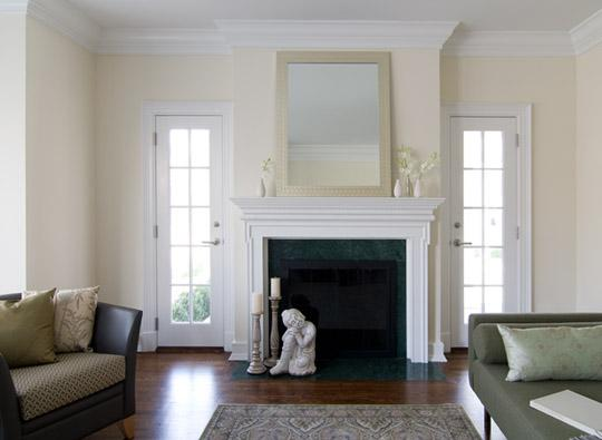 Living Room Benjamin Moore Linen White