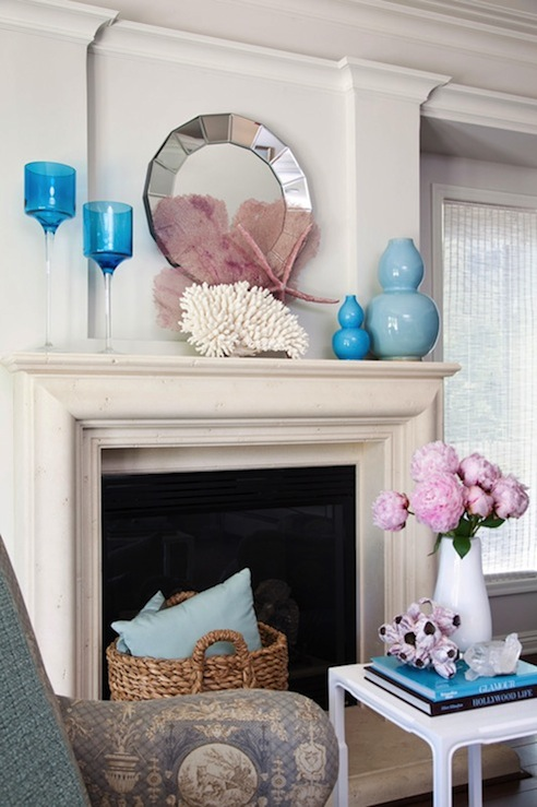 Coral pink and aqua blue design ideas - Blue and pink living room ideas ...