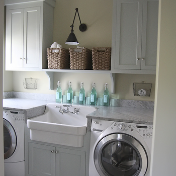 Charmant Laundry Room Farmhouse Sink