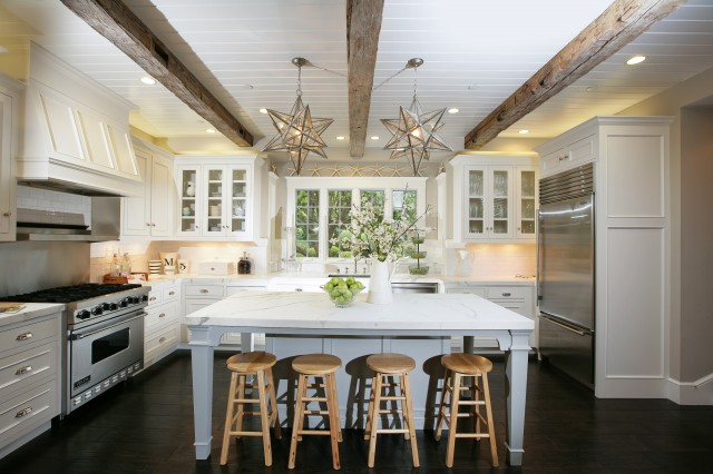 chic beachy kitchen design with exposed wood beams white beadboard ceiling clear glass moravian star kitchen island pendants gray kitchen island