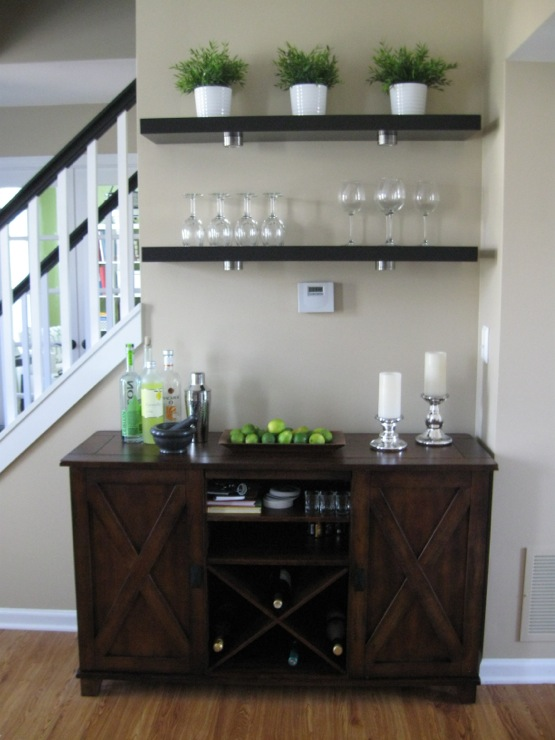 Shaker beige traditional living room benjamin moore for How much does it cost to build a wet bar