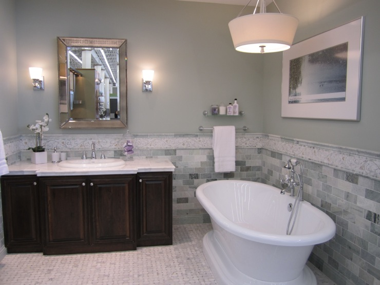 Green marble transitional bathroom sherwin williams - Best light gray paint color for bathroom ...