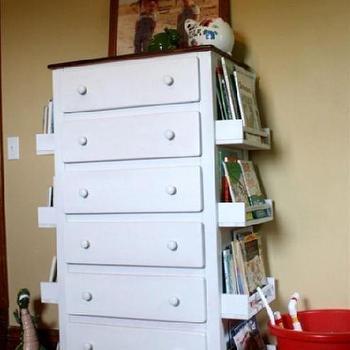 Dresser w/ Bookshelves on the side
