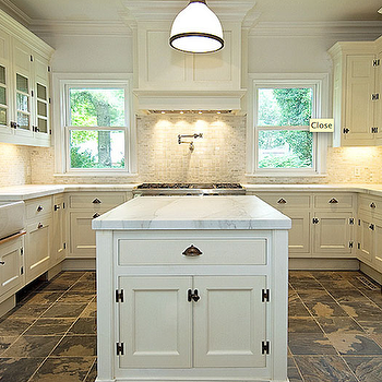 Black slate kitchen floor design ideas for Slate kitchen floors with white cabinets