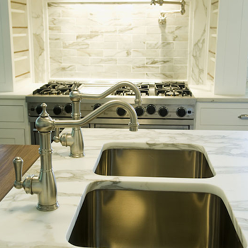 Kitchen Island Sinks Design Ideas