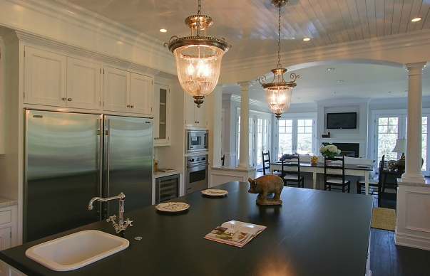 Kitchen Island Columns Design Ideas