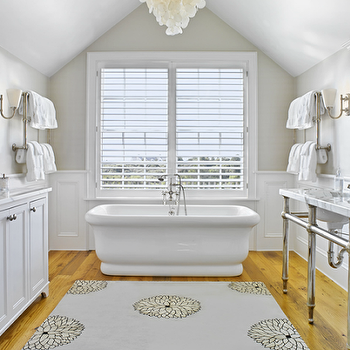 Master Bathroom With Vaulted Ceiling Design Ideas