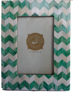 Chevron Frame, Green
