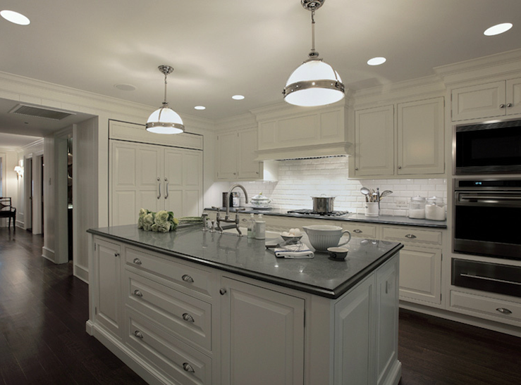 White kitchen cabinets with gray countertops for Gray kitchen cabinets with black counter