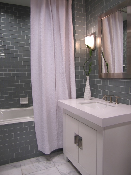 Gray subway tile bathroom contemporary bathroom for Bathroom ideas grey tiles
