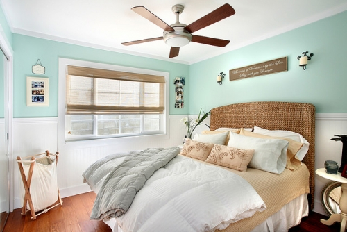 Seagrass Headboard Cottage Bedroom