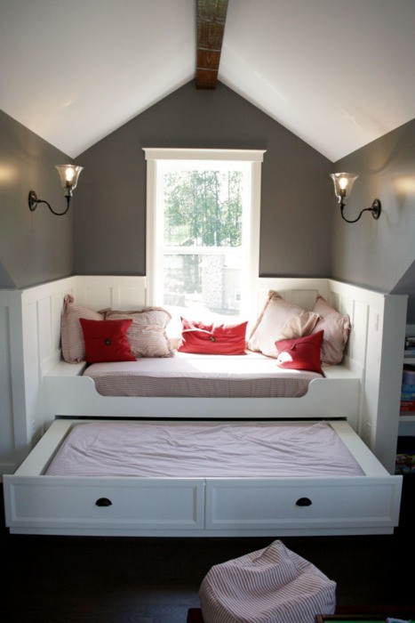 built in daybed with trundle 1