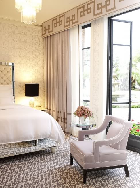 Greek key rug design ideas for Bedroom cornice design