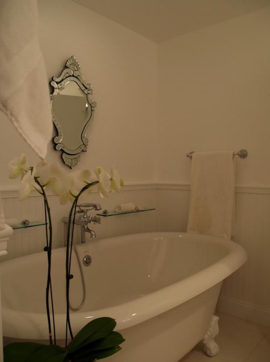Gray Beadboard - French - bathroom - Turquoise LA