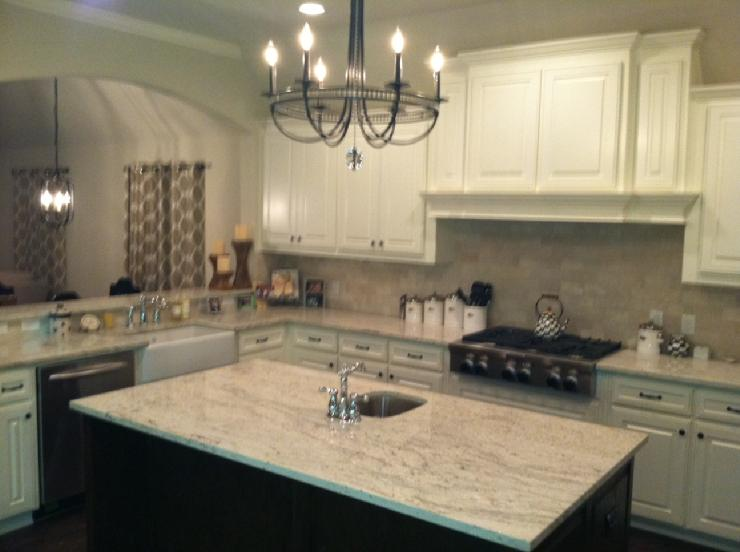 Photos Of Kitchens With White Cabinets And Granite Countertops