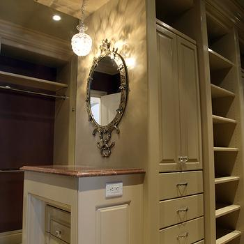 Walk In Closet Mirror Design Ideas