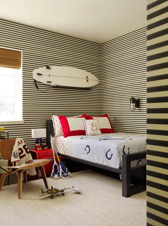Striped pillows design decor photos pictures ideas for Boys bedroom paint ideas stripes