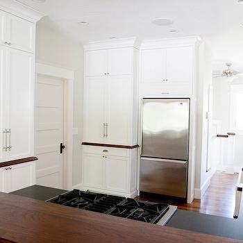Raised Breakfast Bar, Traditional Kitchen, Tiek Built Homes