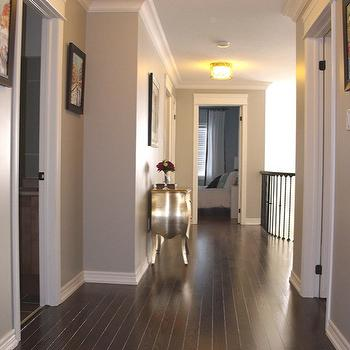 Red Oak Floor, Transitional, entrance/foyer, Benjamin Moore Revere Pewter, AM Dolce Vita