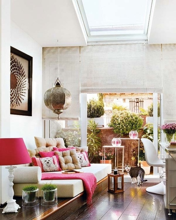 Moroccan Living Room - Eclectic - media room