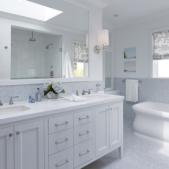 Blue bathroom traditional bathroom phoebe howard for All white bathroom designs