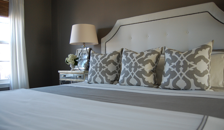 White Tufted Headboard Contemporary Bedroom Benjamin
