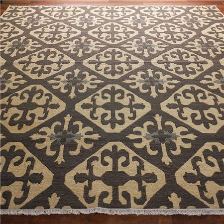 Moroccan Tile Soumak Rug: 2 Colors   Shades Of Light