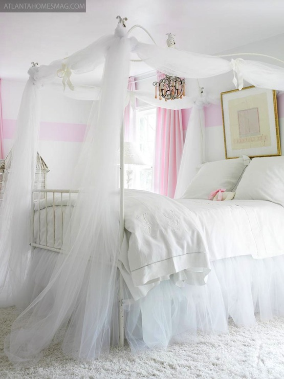 girl 39 s canopy bed traditional girl 39 s room atlanta homes lifestyles. Black Bedroom Furniture Sets. Home Design Ideas