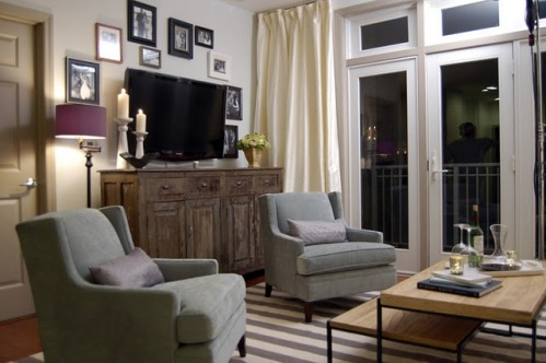 How to Disguise a TV Transitional living room