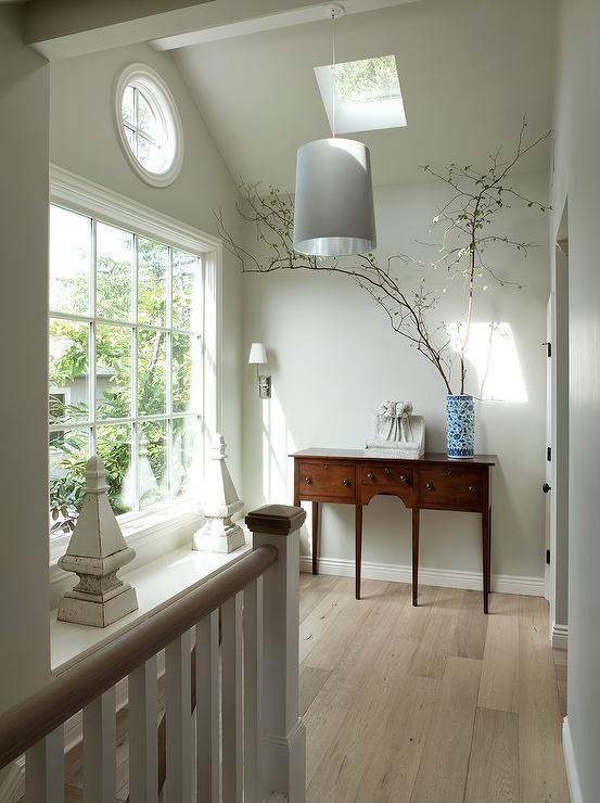 Pale Gray Walls Design Ideas
