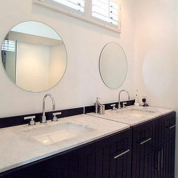 bois round mirrors the your best blanc vanity nonagon et bathroom for de bains style fr mirror salle