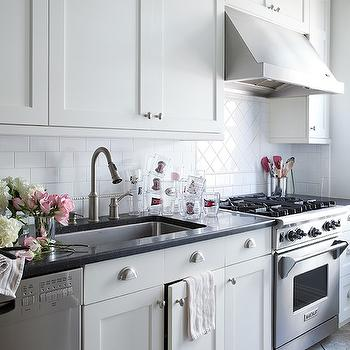 White Shaker Cabinets, Transitional, kitchen, Lilly Bunn Interior