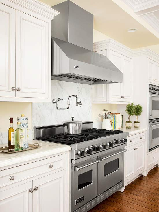Pale Yellow Walls Paint Color White Raised Panel Kitchen Cabinets